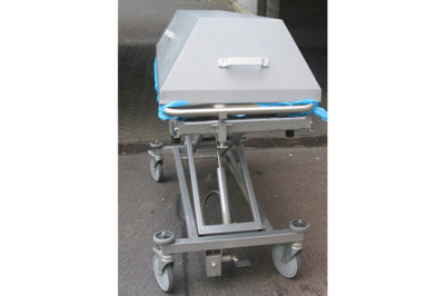 UFSK International: Hydraulic Cadaver Lift HTW HS 200 - image 4