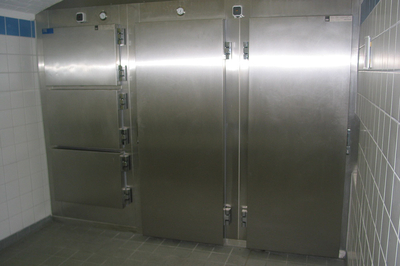 UFSK International: Mortuary Refrigeration Units with multiple tiers per door - image 4