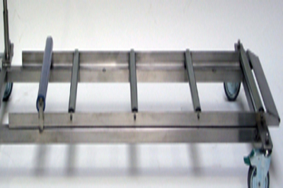 UFSK International: Coffin Lift - Roller Conveyor