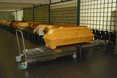 UFSK International: Coffin Lift - image 4