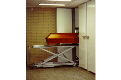 UFSK International: Coffin Lift - image 8