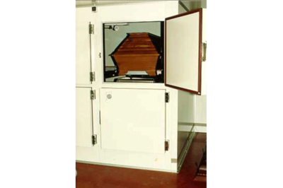 UFSK International: Coffin Refrigeration Units with single doors - image 2